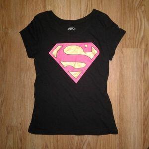 3/$15 SALE!!! DC Comics Superman Tshirt Size M